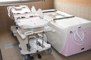 寝たまま入浴できる介護浴槽